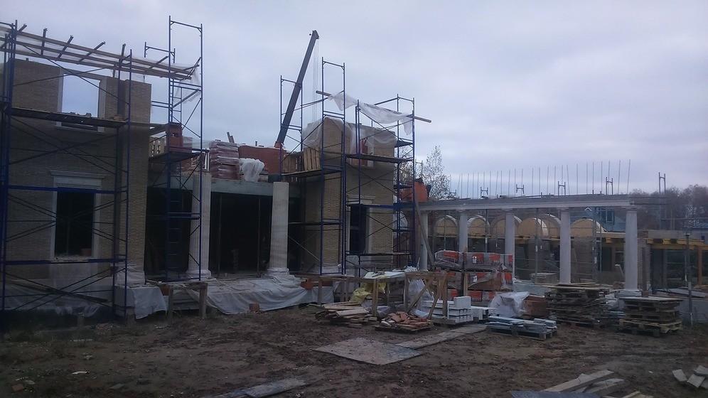 Процесс строительства каменного дома